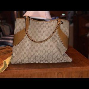Gucci 100% Authentic Handbag